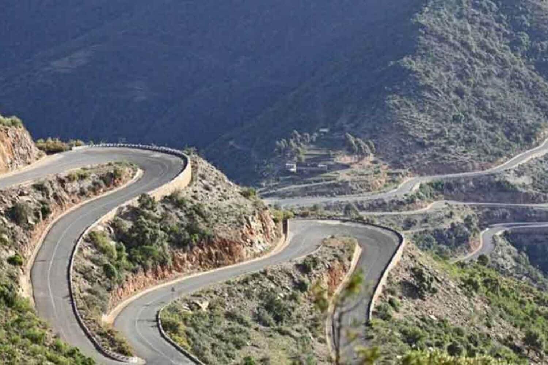 11Road between Asmara and Massawa